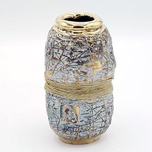 bronze vessel 16