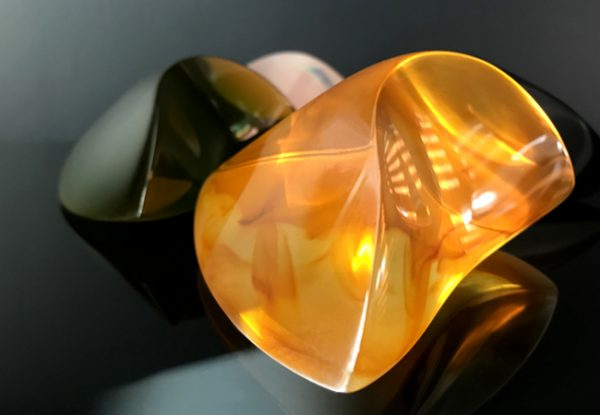 WEIGHT FOR ME - amber resin Kate Henderson