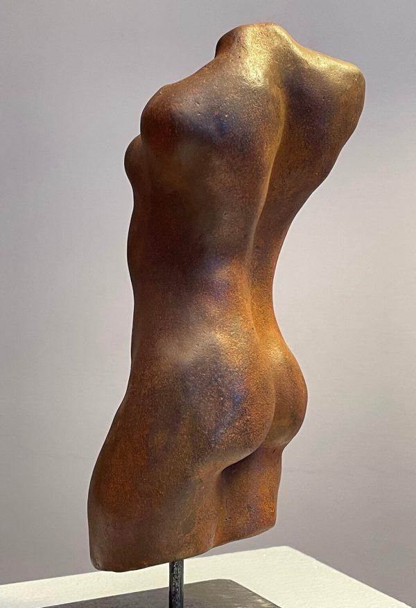 Lyra by Susie Hartley